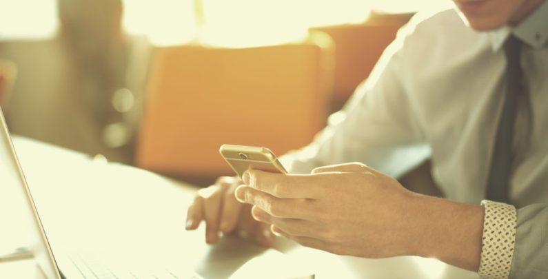 Facebook Conheça os termos que você concordou antes de se tornar um usuário